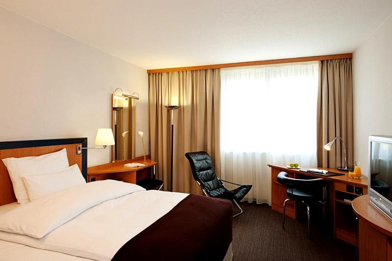 Nh Hotel Frankfurt Rhein Main
